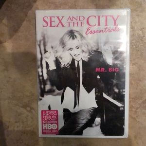 Other - Sex and the City Essentials Mr. BIG